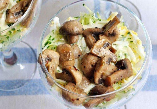Слой грибов в креманке